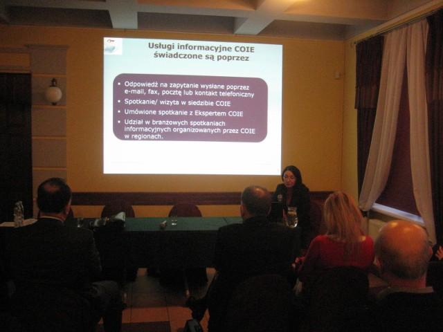 Do korzystania z możliwości, jakie daje Centrum Obsługi Inwestorów i Eksporterów w Białymstoku zachęcała przedsiębiorców Grażyna Porosińska z COIiE