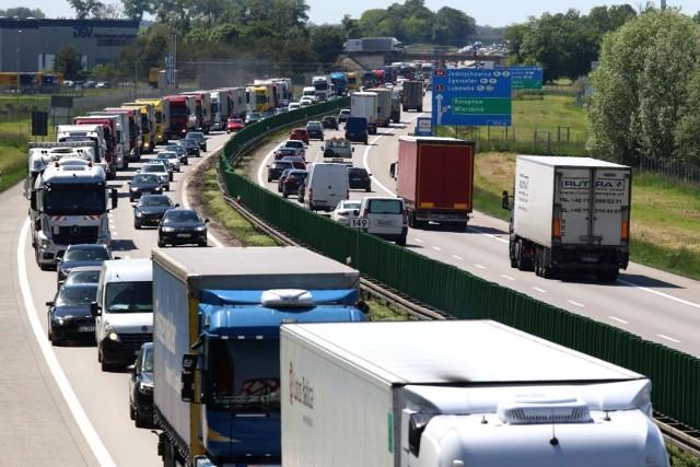 Ogromne korki na autostradzie A4, zdjęcie ilustracyjne