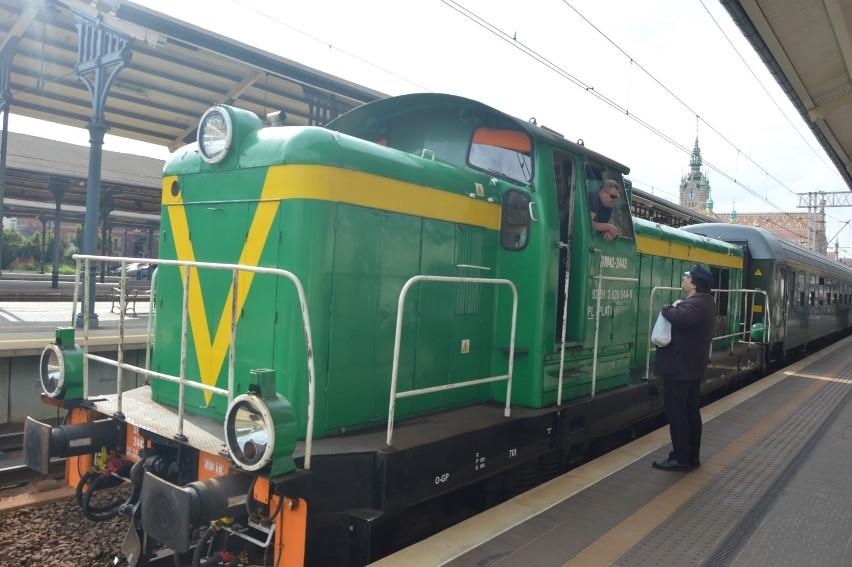 Pociąg retro wyjechał na tory ostatni raz przed rozpoczęciem...