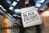 Black friday, czyli zakupowe szaleństwo już na dobre zagościło w Polsce. Sklepy szykują specjalne promocje