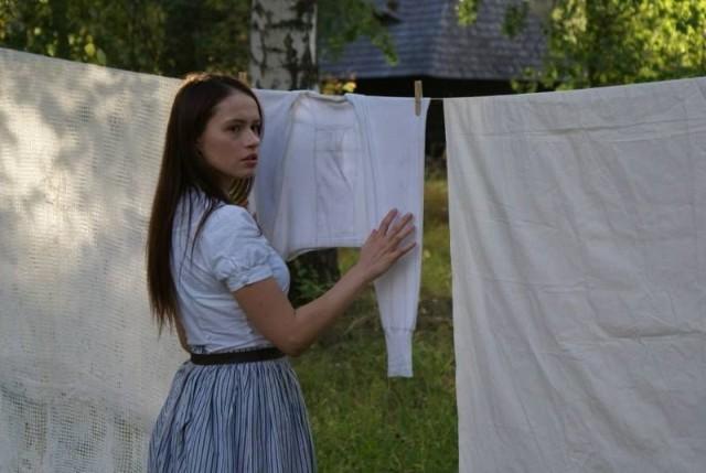 """W filmie """"Dzień wstaje. Ja upadam"""" kielczanka Anna Janik zagra Olgę."""
