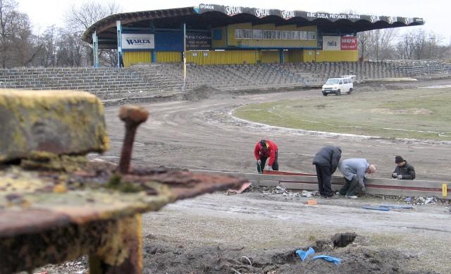 Rozbiórka stadionu 30 marca 2009 roku.
