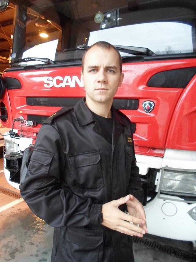 Na zdjęciu mł.kpt. Rafał Binięda,oficer prasowy PSP w Świętochłowicach.