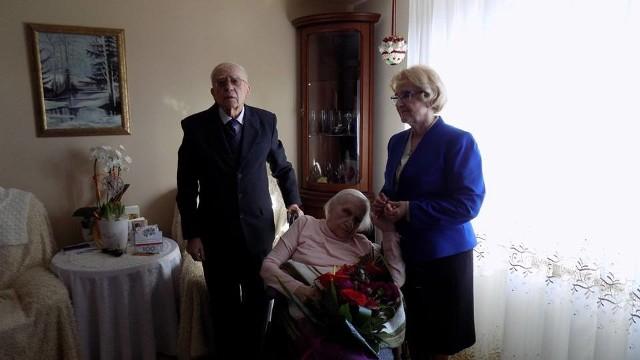 Pani izabela Maria Kaptur właśnie obchodziła urodziny, od stu lat, czyli od urodzenia mieszka w Lubiniu pod Trzemesznem