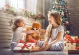 10 mądrych zabawek dla dzieci. Jak z głową obdarować dziecko? Idealne prezenty świąteczne dla najmłodszych