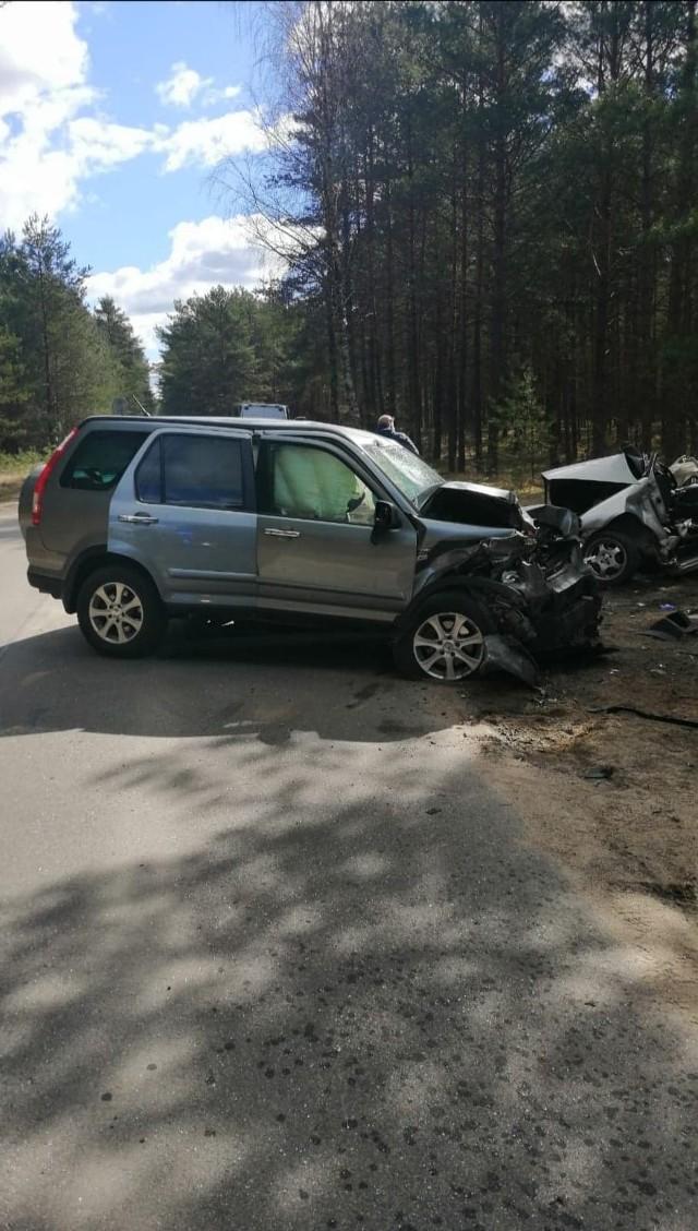 Śmiertelny wypadek koło Kościerzyny. Nie żyje 22-letni kierowca polo.