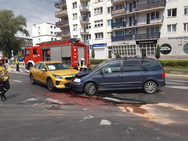 Do wypadku doszło na skrzyżowaniu ul. Strzegomskiej i Śrubowej 21.07.2021
