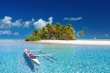 Błękitne laguny i prywatne lotniska. Oto TOP 5 najdroższych wysp na świecie wystawionych na sprzedaż plus oferta wyspy w Polsce [ceny]