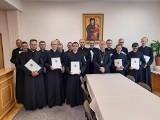 Wszystkie zmiany księży w diecezji kieleckiej! Zobaczcie, w których parafiach będą nowi kapłani [ZDJĘCIA]