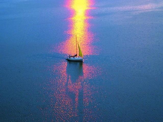 Zachód słońca oglądany z wdzydzkiej wieży widokowej