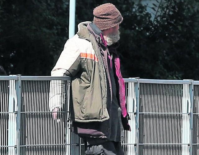 W Łodzi ogłoszono zbiórkę ciepłej odzieży dla bezdomnych.