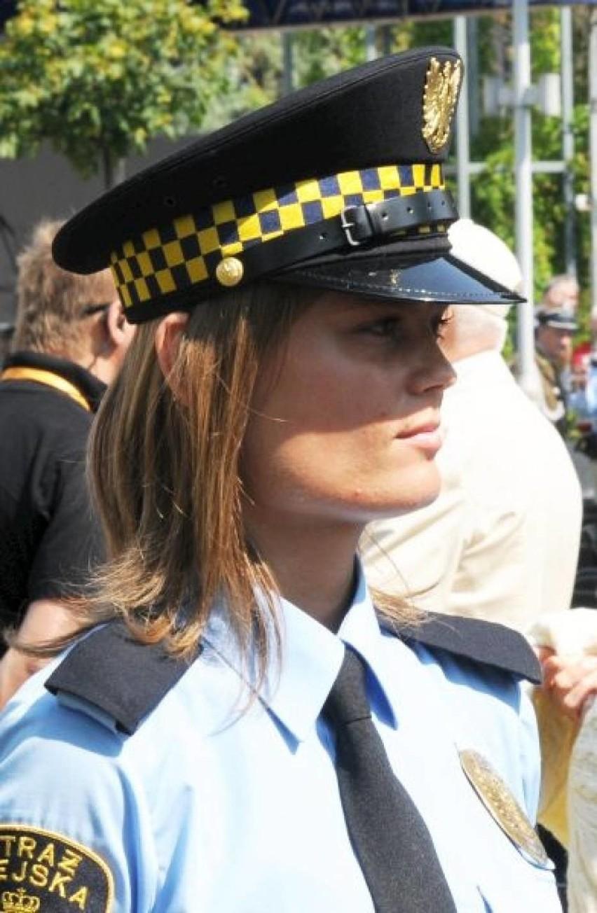 Święto Straży Miejskiej. Piękniejsza strona straży miejskiej. To one są jej ozdobą! [ZDJĘCIA]