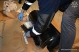 W zbiorniku LPG ukrył 9 kilogramów amfetaminy. 34-letniego mieszkańca Gdyni zatrzymała policja w okolicy Karwin [zdjęcia]