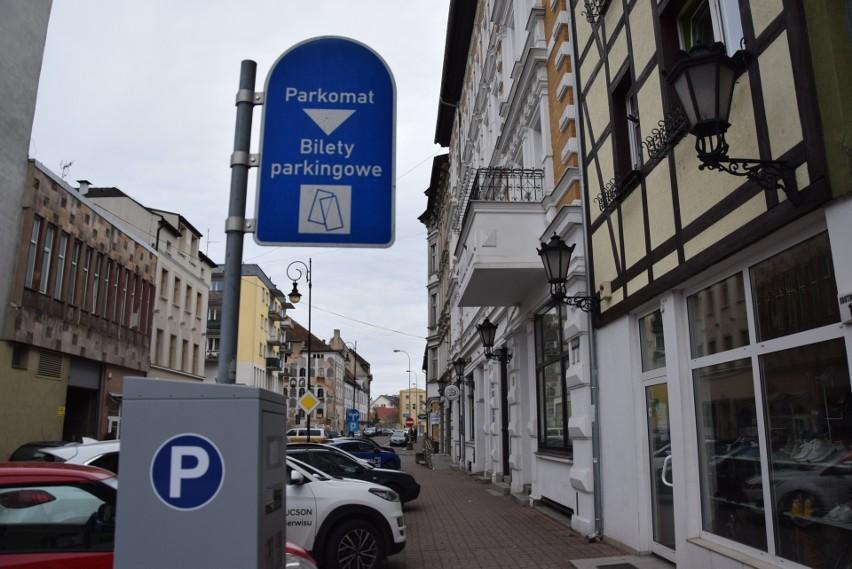 Podwyżka opłat za parkowanie miała wejść w życie 2 sierpnia.