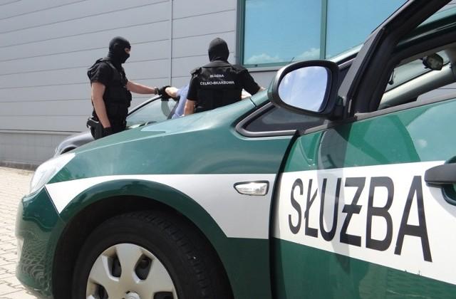 W rozpracowaniu grupy udział mieli m.in. funkcjonariusze i pracownicy Podkarpackiego Urzędu Celnego - Skarbowego z Przemyśla.