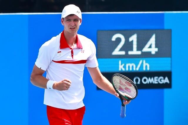 Hubert Hurkacz wygrał w pierwszej rundzie olimpijskiego turnieju w Tokio