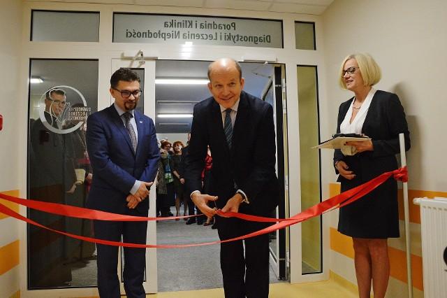 Klinika leczenia niepłodności w ICZMP w Łodzi nadal czeka na pieniądze od ministra