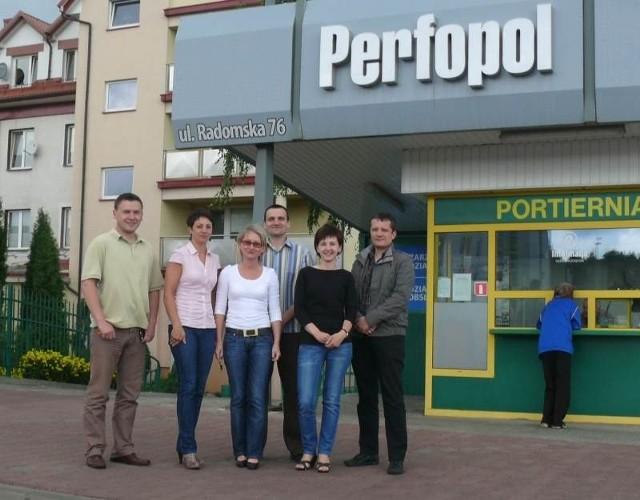 Pracownicy starachowickiej firmy Perfopol, obawiają że mogą stracić pracę.