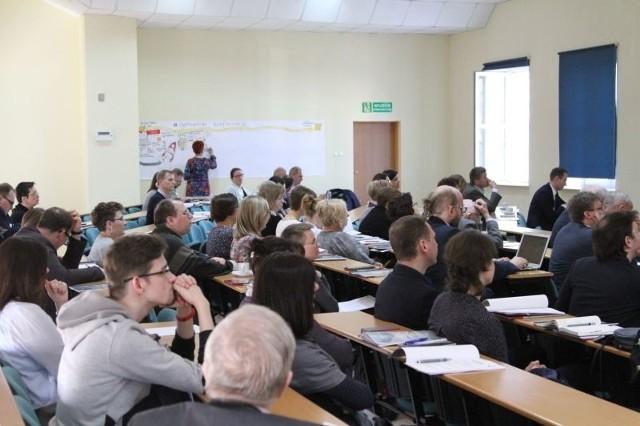 Konferencja odbędzie się 11 i 12 kwietnia w siedzibie Akademii Humanistyczno-Ekonomicznej w Łodzi (ul. Rewolucji 1905 r. nr 52, budynek G).