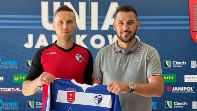Piotr Klepczarek (z lewej) jako trener Unii zadebiutuje w sobotę