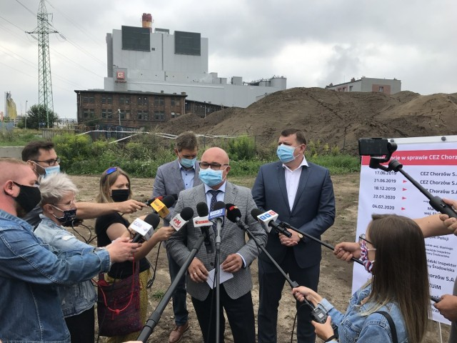 W czwartek, 6 sierpnia, odbył się briefing prasowy, podczas którego  zaapelowano do władz spółki CEZ Chorzów o zmianę sposobu składowania odpadów i hermetyzację samego składowiska