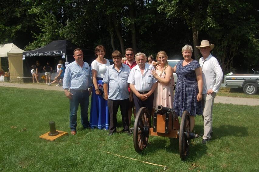 Piknik historyczny w Olmontach. Mieszkańcy uczcili 252. rocznicę Bitwy Konfederatów Barskich z Moskalami (zdjęcia)
