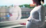 Komu przysługuje urlop macierzyński? Jakie dokumenty są potrzebne, by otrzymać świadczenia?