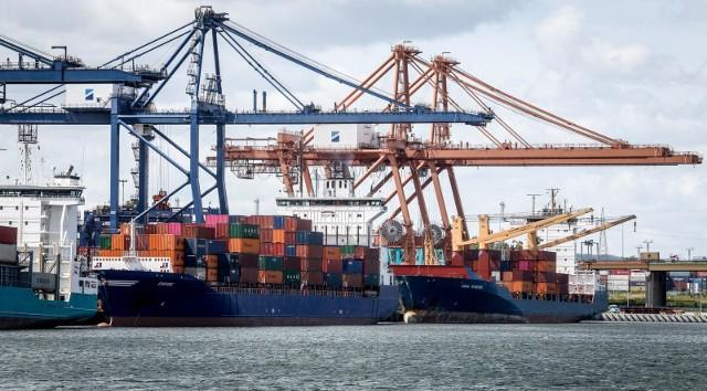 W listopadzie menedżerowie logistyki odnotowali szybszy spadek nowych kontraktów.