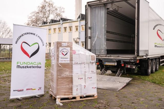 Fundacja Muszkieterów przeznaczyła 100 tys. złotych na wsparcie ośrodków dla potrzebujących.