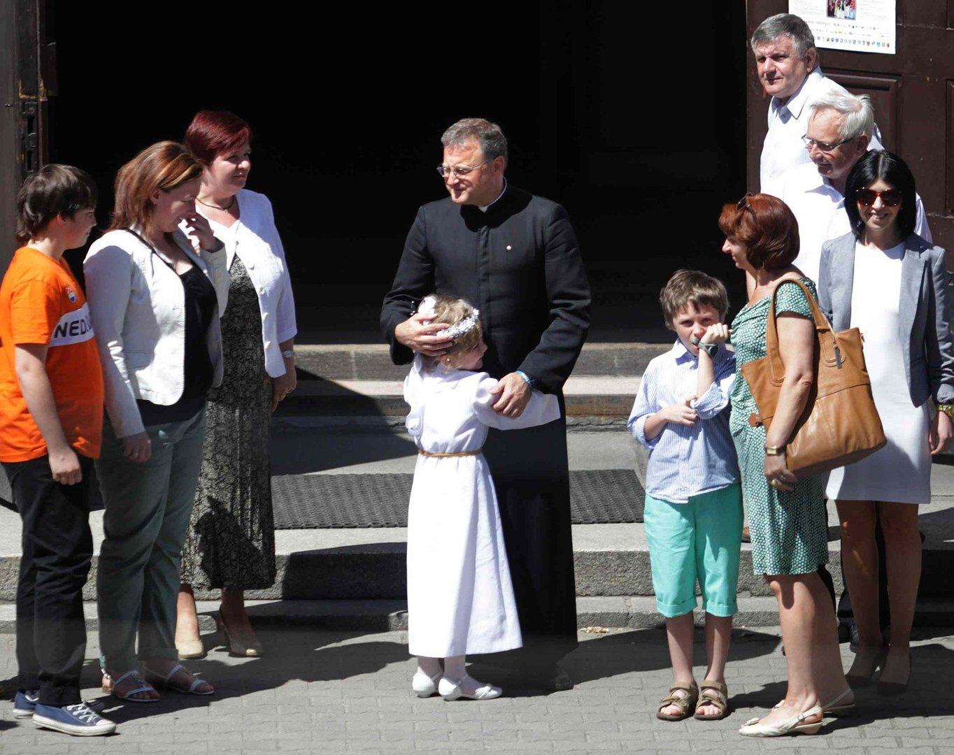 0887117041 Komunia Święta w kościele w Rudzie Śląskiej - Orzegowie  ZDJĘCIA ...