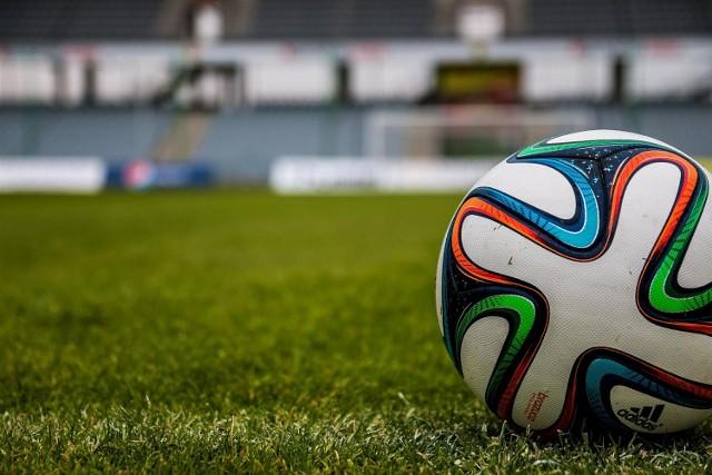 W meczach pucharowych pada wiele bramek i często drużyny z niższego szczebla eliminują teoretycznie mocniejsze. Tak jest też i tym razem