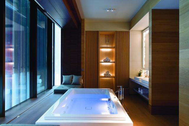 Hotel w stylu alpejskiej architektury i luksusowej elegancjiHotel w stylu alpejskiej architektury i luksusowej elegancji