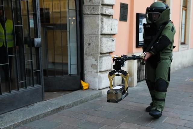 Fałszywy alarm bombowy w jednym z przedszkoli na osiedlu Tysiąclecia w Poznaniu