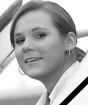 Natalia Januszko była stewardessą. Miała 23 lata, była studentką III roku.