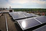 Energia ze słońca to przyszłość i…. teraźniejszość. Fotowoltaika rozwija się Polsce w szalonym tempie. Dowiedz się, co dalej