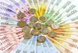 Czy Polska, tak jak ostatnio Litwa, także powinna przyjąć euro?