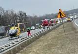 Mysłowice. Wypadek na autostradzie A4. TIR roztrzaskał samochód osobowy.