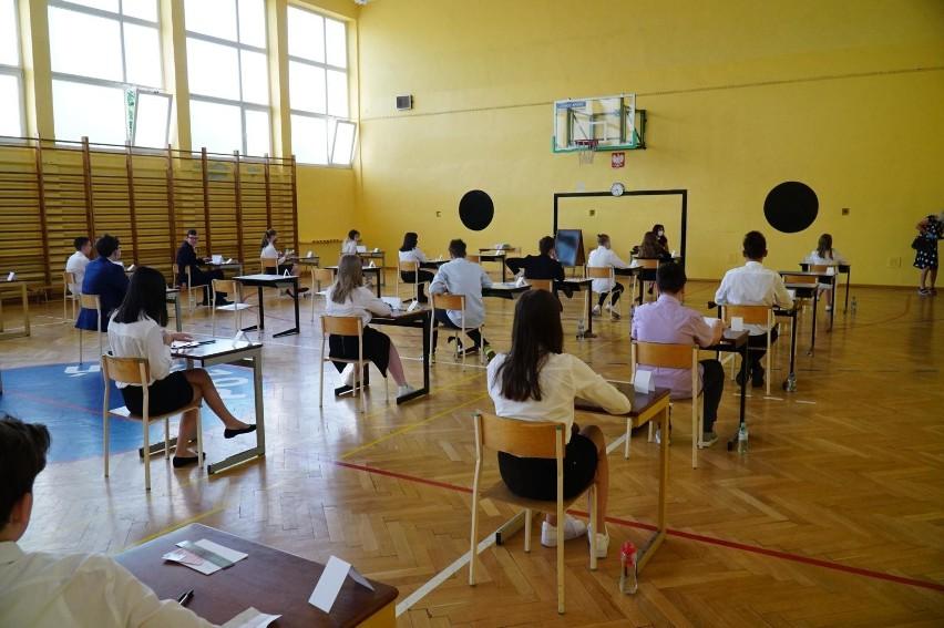 We wtorek 25 maja br. rozpoczną się egzaminy ósmoklasistów....
