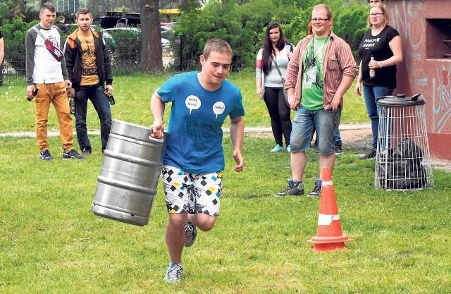 Juwenalia to również arcyciekawe zmagania sportowe. Wczoraj studenci wzięli udział między innymi w biegach z kegą
