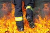 Pożar domu w Nowym Dworze. Jedna osoba trafiła do szpitala