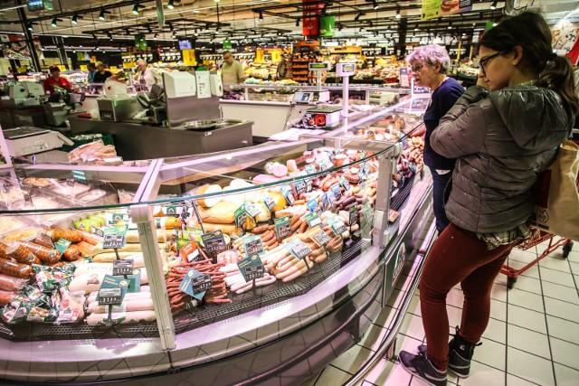 Nie ma przesłanek do silnego wzrostu cen w sklepach w drugiej połowie roku. W tej prognozie uwzględniono czynniki znane na dziś oraz założono, że nie będzie tak mocnego lockdownu jak wiosną.