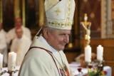 Ofiary księży pedofilów zbierają na apel do papieża we włoskiej gazecie. M.in. w sprawie przewinień biskupa kaliskiego Edwarda Janiaka