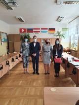 Maturzyści z I Liceum Ogólnokształcącego w Kozienicach odebrali swoje świadectwa