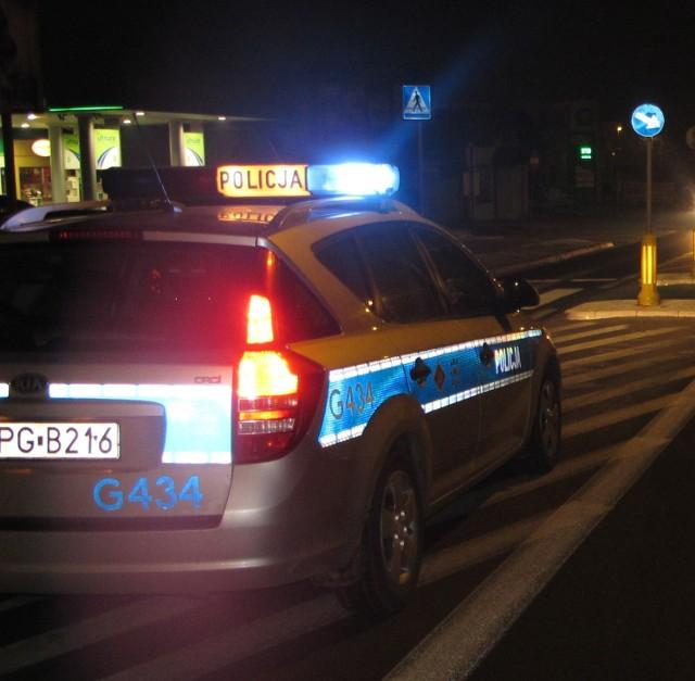 Policjanci z Ogniwa Patrolowo-Interwencyjnego Komisariatu Policji w Brzeszczach zatrzymali 30-letniego mieszkańca Osieka, podejrzanego o posiadanie narkotyków