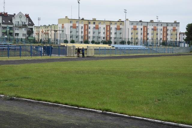 Stadion w Nakle wymaga modernizacji. Sporo prac wykonanych ma zostać w tym roku