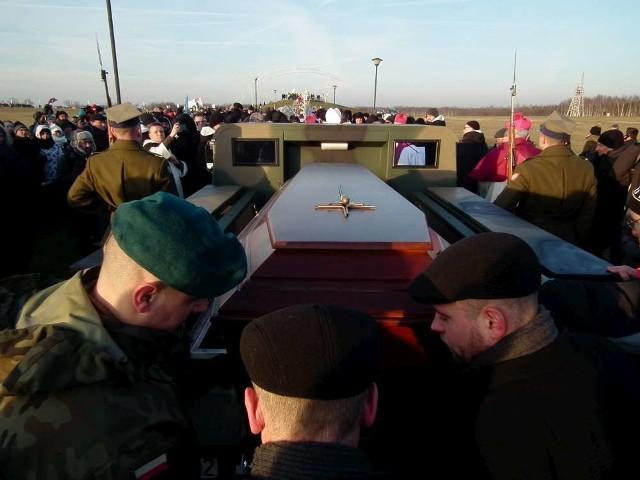 Pogrzeb ojca Jana Góry na Lednicy
