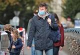 Sondaż: Polacy spodziewają się czwartej fali pandemii, ale nie chcą lockdownu