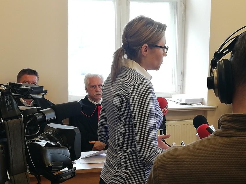 Karolina Piasecka domaga się skierowania skazanego męża na przymusowe leczenie z agresji