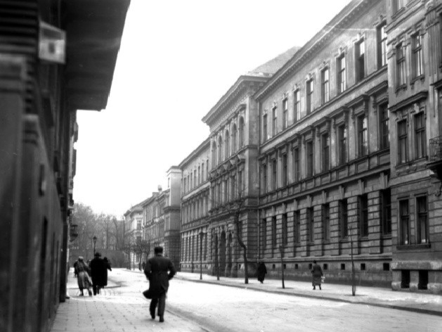 Kraków. Państwowe Gimnazjum im. Jana III Sobieskiego