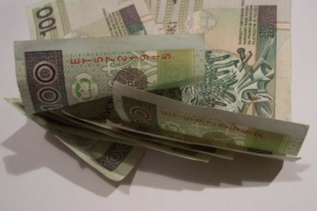 Stypendium w wysokości 100 zł wypłacane będzie przez 10 miesięcy - od września do czerwca.